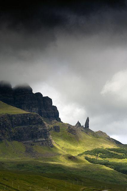 Isle of Skye - The Highlands, Scotland - Scotland Landscape, Ireland Landscape, Scotland Travel, Ireland Travel, Skye Scotland, Scotland Nature, Scotland Food, Scotland Map, Inverness Scotland