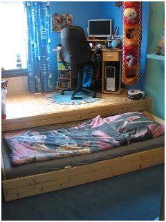 Luxurious Bett Mit Ausziehbarem Gastebett In 2020 Ausziehbares Gastebett Verstecktes Bett Bett