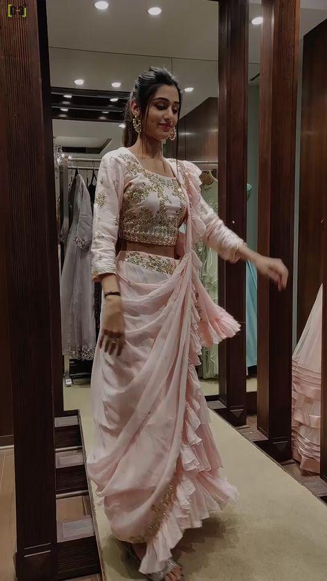 Latest Saree Collection, Latest Designer saree for Women, Designer Saree for Women, Designer Sraee for Festival wear, Latest designer Saree for Weddin.