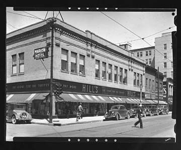 Hill S Department Store In Downtown Marion Indiana On The Corner Of 5th And Washington Sts Marion Indiana Grant County Indiana