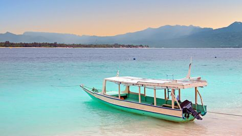 Watch our guide to find the perfect Gili island for you – whether you want to sunbathe all day and party all night, cosy up in a thatched bungalow or go diving on colourful coral reefs.