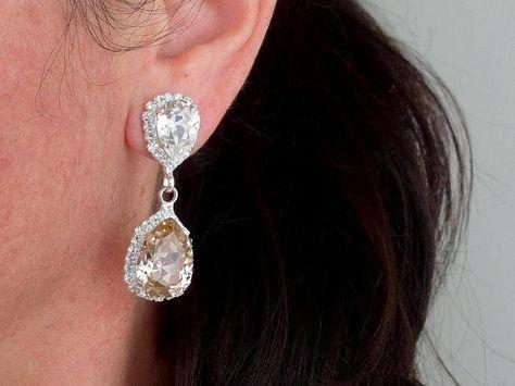 #weddings #jewelry #earrings #bridesmaidgift #swarovskiearrings #chandelierearrings #statementearrings #dangleearrings #dropearrings #crystalearrings #rhinestoneearrings #bridalwedding #blushpink #blushandgray #pinkandgray
