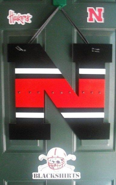 Wow This D Be Super Easy To Make Nebraska Decor Husker Football Woodworking Projects