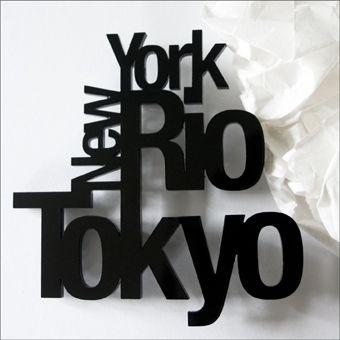 "Brosche ""New York, Rio, Tokyo"" von poimiakukkia/ brooch  ""New York, Rio, Tokyo"" by poimiakukkia"