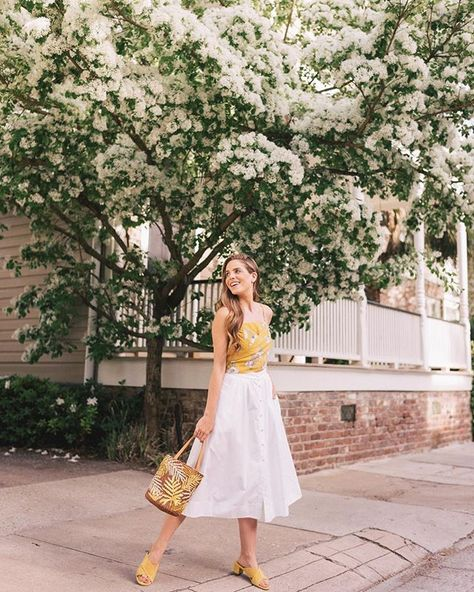 A cheerful color for spring  this top is one of the many beautiful pieces from @chrisellelim collection she designed for #chrisellexjoa  You can shop it all over on @nordstrom but also check out @chrisellelim IG to see more! #springstyle #cheerful #springblooms #charleston