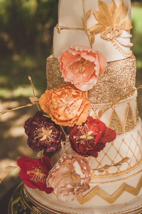decadent gold and floral fall wedding cake, photo @alexapenberthy1