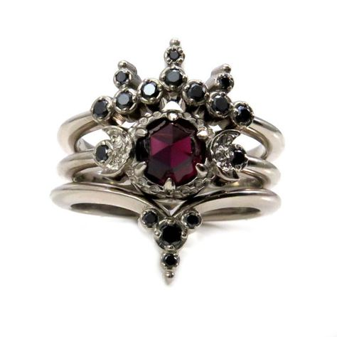 Blood Moon Gothic Engagement Ring Set - Rose Cut Garnet with Black Diamond Side Bands - Triple Moon Goddess I love the unexpected shapes that the wedding bands create centered around a nontraditional 3 stone engagement ring. The engagement ring is a tripl Champagne Engagement Rings, Gothic Engagement Ring, Black Diamond Engagement, Engagement Ring Settings, Garnet Engagement Rings, Engagement Photos, Nontraditional Engagement Rings, Black Diamond Wedding Rings, Engagement Bands
