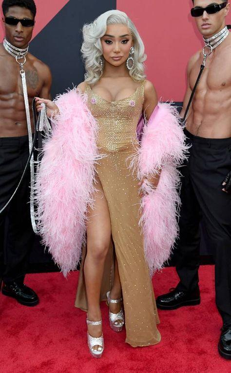 Nikita Dragun from MTV VMAs 2019: Red Carpet Fashion