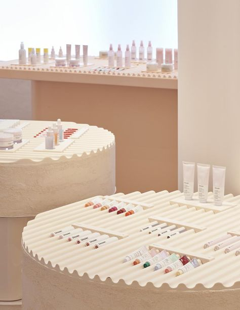 Glossier's pastel palace opens in New York City