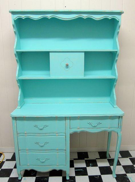 Turquoise is the perfect color for furniture....well girl furniture. I painted a lovely French Provincial Desk and Hutch for a little girl's bedroom. Pretty!