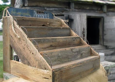 Pallet, barn board display. Prim Rustic,or French Style, Caron