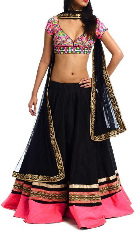 20 Mesmerizing Chaniya Cholis to Rock this Dandiya Season - LooksGud.in