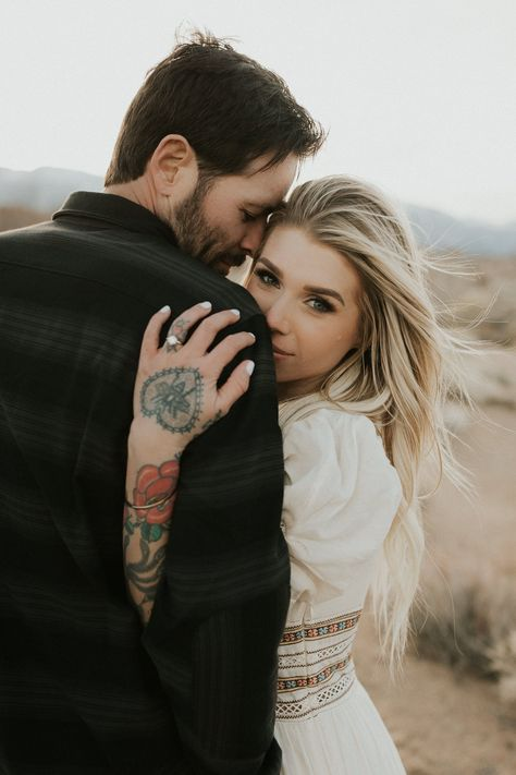 Engagement Announcement Photos, Beach Engagement Photos, Engagement Photo Outfits, Engagement Photo Inspiration, Family Engagement Pictures, Engagement Photo Shoot Poses, Engagement Photography, Engagement Ring Photos, Engagement Couple
