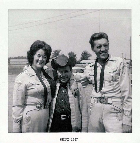Carl Butler and Pearl with Little Jimmy Dickens, Sept. 1967