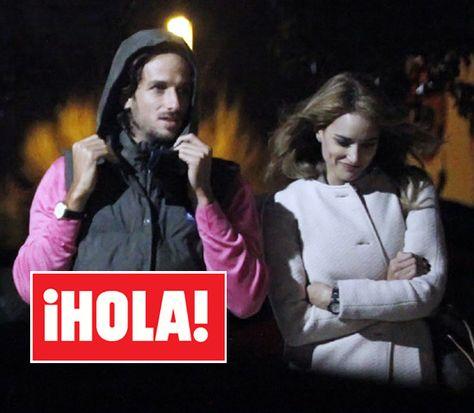 Alba Carrillo y Feliciano López confirman con besos lo que no dicen con palabras