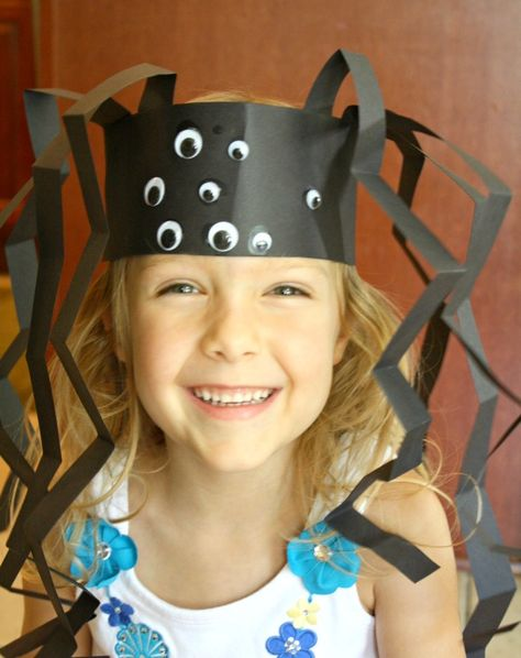 Spider Headband Craft...fun craft for Halloween, Itsy Bitsy Spider, or learning about spiders.