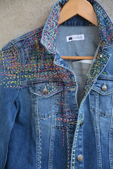Vintage LEVIS Jacket, Blue Levis Denim Jacket, Levis Jeans Jacket, Large Levi's Denim Trucker Jacket Made in USA, Distressed Wash Denim - B Drake - Handarbeit