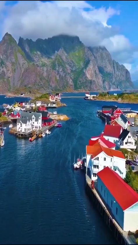 The Beauty Of Norway 💛🧡❤️💜