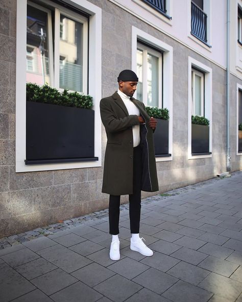 casual outfit for Men Winter Outfits Men, Stylish Mens Outfits, Black Men Street Fashion, Mens Fashion, Retro Fashion, Casual Wear For Men, Smart Casual Men Winter, Smart Casual Menswear, Business Casual Men