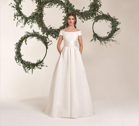 Atelier Vestiti Da Sposa.Abiti E Vestiti Da Sposa Collezione Abiti Sposa 2020 Atelier