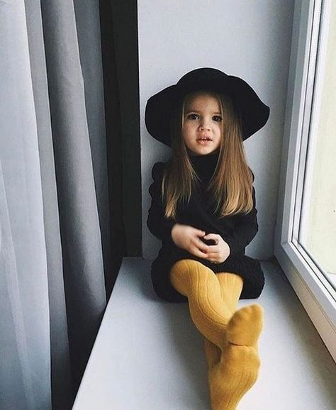 Cute baby girl clothes outfits ideas 76 - TRENDS U NEED TO KNOW girl fashion fashion kids styles swag diva girl outfits girl clothing girls fashion Fashion Kids, Little Girl Fashion, Toddler Fashion, Toddler Girl Style, Fashion Fall, Little Girl Style, Style Fashion, Toddler Girl Fall, Kids Winter Fashion