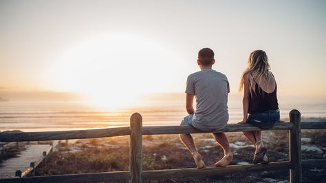 Intimacy vs Isolation: The Importance of Relationships in Adulthood