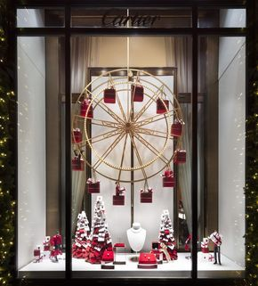 When Does Bloomingdales Nyc Decorated For Christmas 2020 The Best Christmas Windows in NYC   Holiday Window Displays to