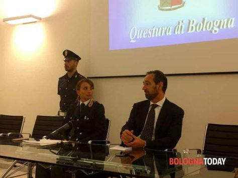 Emilia #Romagna: #Molestie alla ex moglie arrestato agente di polizia penitenziaria (link: http://ift.tt/2bU83fG )