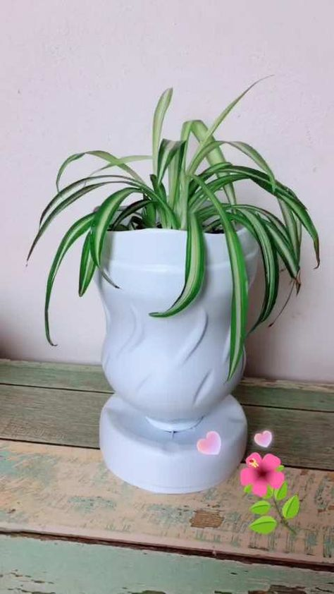 Garrafa De água Sanitária Fiz Um Vaso