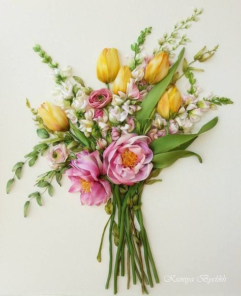 Flower bouquet of ribbon embroidery by Kartiny Panno. Ксения Белых (Украина)