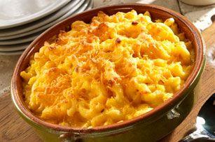 Un macaroni au fromage crémeux et fondant à la perfection. Sa touche tex-mex fait assurément de cette casserole une combinaison gagnante pour les soirs de semaine!