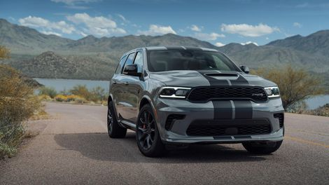 2021 Dodge Durango Srt Hellcat Is A 710 Hp One Year Wonder Roadshow In 2020 Srt Hellcat Dodge Durango Hellcat