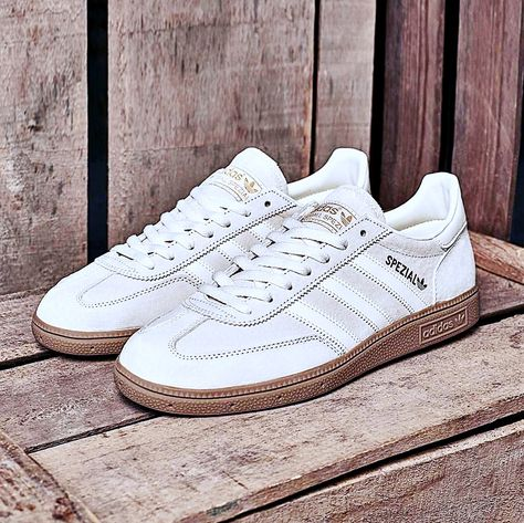 adidas Originals Gazelle sneakers Creamy beige