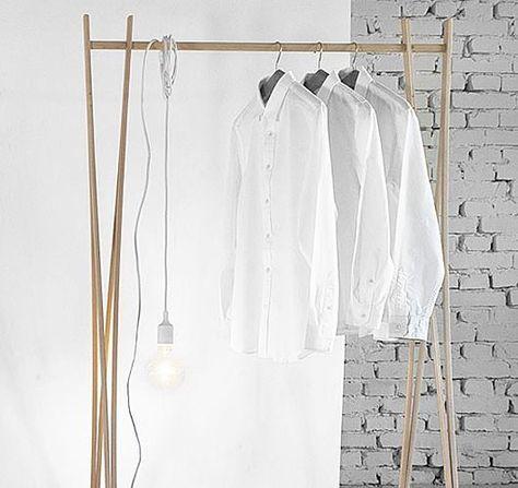 Egal ob Standgarderobe, Kleiderständer oder Handtuchhalter, die Struktur aus Buchenholz besticht durch ihre Flexibilität und Festigkeit. Hier entdecken und shoppen: https://sturbock.me/JVH