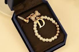 نتيجة بحث الصور عن رمزيات حرف D Jewelry Necklace Pearls
