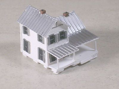 Buildings Tunnels And Bridges 120273 Z Scale 2 Story White Farm House With Front Porch And Silver Tin Roof Buy I House Front Porch Tin Roof White Farmhouse