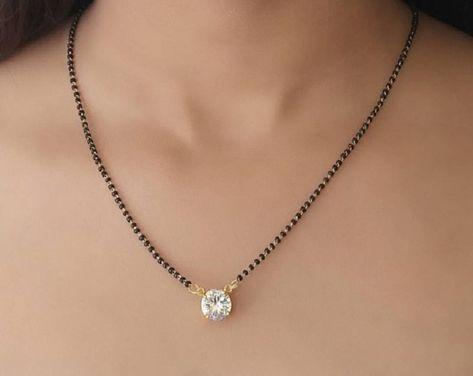 Jewelry Design Earrings, Beaded Jewelry Designs, Gold Earrings Designs, Gold Jewellery Design, Necklace Designs, Diamond Mangalsutra, Gold Mangalsutra Designs, Bridal Jewellery Inspiration, Bridal Jewelry