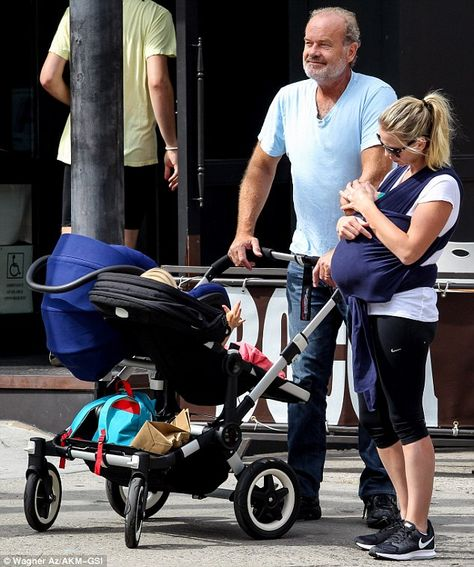 Family Time Kelsey Grammer Took His Two Youngest Kids Faith Aged Two And Newborn Son Ga Photo Wagner Az Kelsey Grammer Kids Faith American Actors