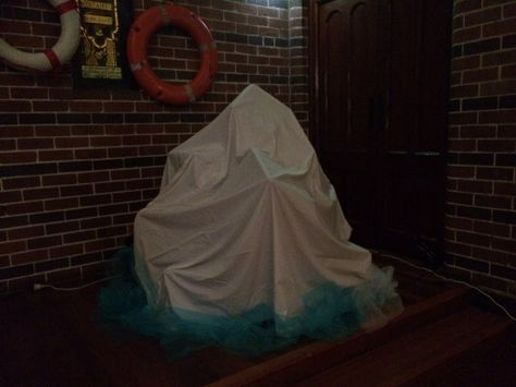 An iceberg for a Titanic party.