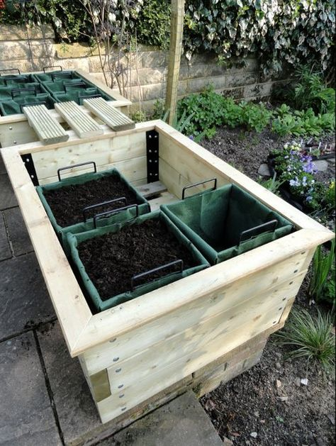 UK product called Instaplanta with individual, square foot garden units