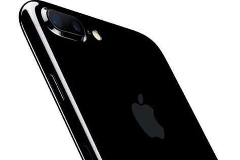 Trade in a working iPhone 6 or 6s and T-Mobile will give you a free 32GB iPhone 7