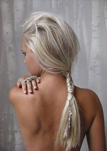 Wear Hair Jewelry - Platinum Blonde Inspiration: Easy Styling Ideas To Try This Summer - Photos