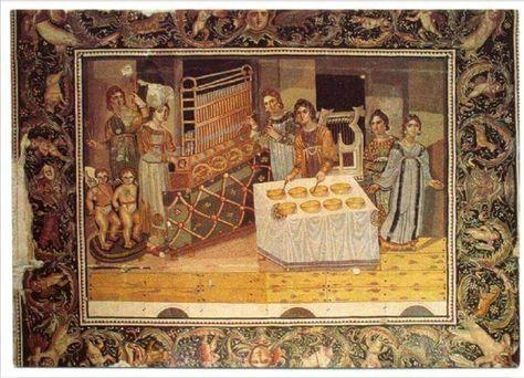 لوحة العازفات و هي لوحة فسيفسائية تم إكتشافها في أرضية أحد البيوتات القديمة في قرية ميري مين Marimeen الواقعة إ Byzantine Mosaic Byzantine Empire Byzantine