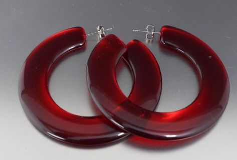 VINTAGE 60'S RED PLASTIC LUCITE PIERCED HOOP EARRINGS
