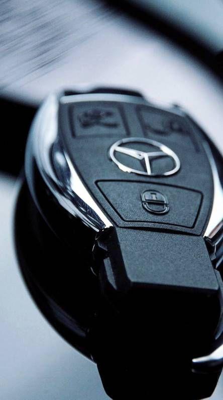 Mercedes Benz Hlk In 2020 Car Key Holder Mercedes Wallpaper Mercedes Benz Wallpaper