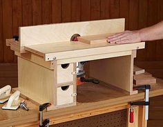 Quick and easy router table plans for the shop pinterest flip top benchtop router table woodworking plan from wood magazine keyboard keysfo Gallery