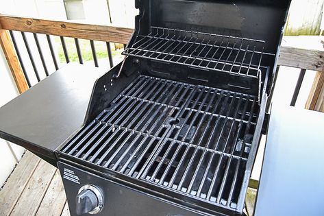 The Easy Way To Clean Your Bbq Grill How To Clean Bbq Charcoal