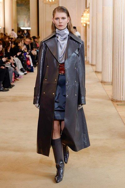 The complete Nina Ricci Fall 2018 Ready-to-Wear fashion show now on Vogue Runway.