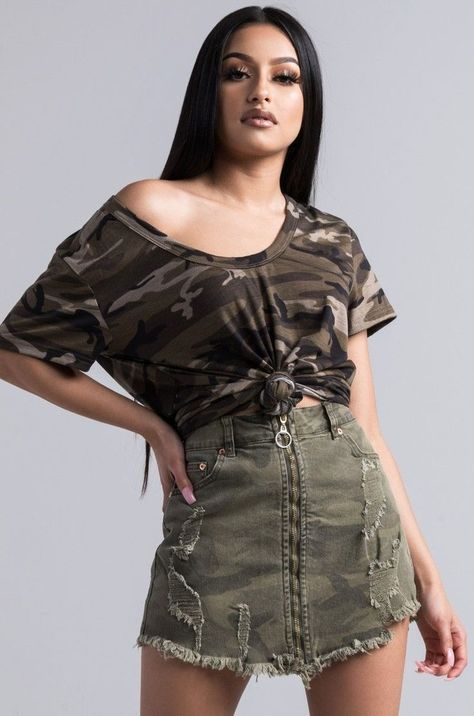 Kill camo skirt!! Click through to see how you can style this amazing #camoskirt! #make_it_hapin
