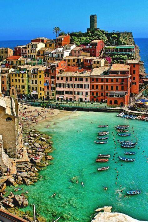addictedtolifestyle:addictedtolifestyle Vernazza Beach, Italia    L.
